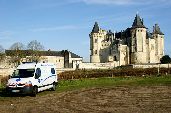 ambulance maine et loire